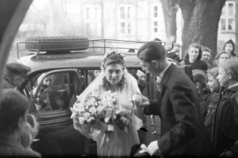 ARH NL Dierssen 0134/0016, Hochzeit Hustadt, Springe, 1948