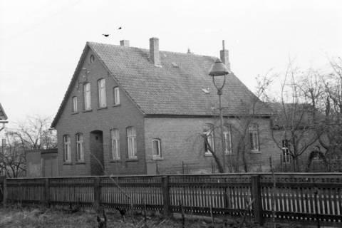 ARH NL Dierssen 0137/0006, Haus von Familie Schmull, Springe, 1948