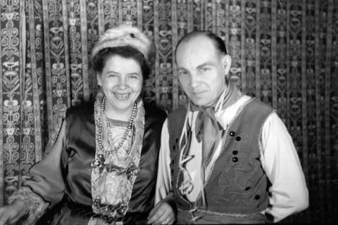 ARH NL Dierssen 0143/0004, Fasching, Steinkrug, 1949