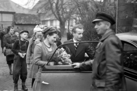 ARH NL Dierssen 0144/0007, Hochzeit, Springe, um 1949