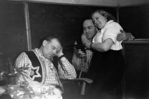 ARH NL Dierssen 0146/0020, Fasching, Steinkrug, 1949