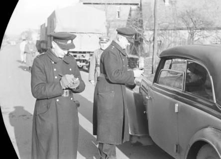 ARH NL Dierssen 0147/0004, Polizeikontrolle, 1949