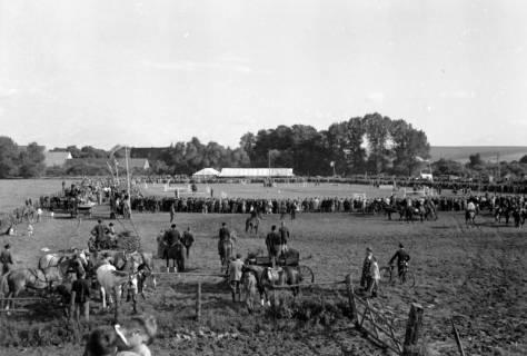ARH NL Dierssen 0149/0011, Reiterfest, 1949