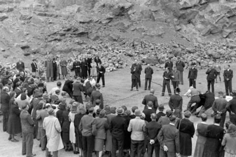 ARH NL Dierssen 0150/0009, Betriebsfest des Forstamt Saupark, Eldagsen, 1949