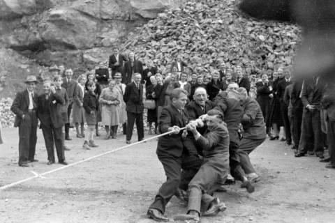 ARH NL Dierssen 0150/0011, Betriebsfest des Forstamt Saupark, Eldagsen, 1949
