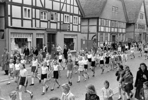 ARH NL Dierssen 0150/0021, Schauturnen, Springe, 1949