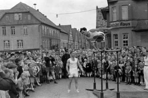ARH NL Dierssen 0151/0002, Schauturnen, Springe, 1949