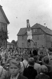 ARH NL Dierssen 0151/0004, Schauturnen, Springe, 1949
