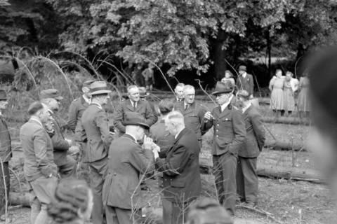 ARH NL Dierssen 0151/0022, Forstarbeiter - Betriebsfeier, 1949