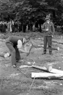 ARH NL Dierssen 0152/0011, Forstarbeiter - Betriebsfeier, 1949