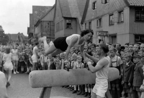 ARH NL Dierssen 0152/0016, Schauturnen, 1949