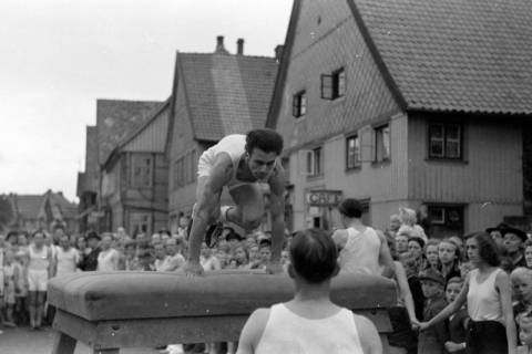 ARH NL Dierssen 0152/0020, Schauturnen, 1949