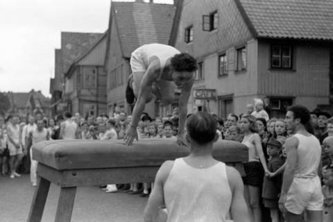 ARH NL Dierssen 0152/0021, Schauturnen, 1949