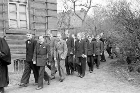 ARH NL Dierssen 0154/0004, Konfirmation, Völksen, 1949