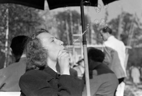 ARH NL Dierssen 0160/0005, Messe mit ED, Elfriede Hass und Margrit Meyer, 1949