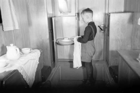 """ARH NL Dierssen 0161/0009, Wohnwagen """"Deister...?, 1949"""