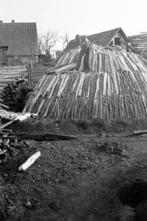 ARH NL Dierssen 0164/0014, Kohlenmeiler, 1949