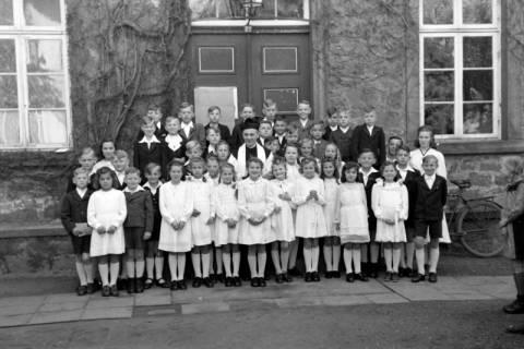 ARH NL Dierssen 0165/0003, Kommunion, 1949