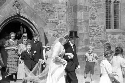 ARH NL Dierssen 0168/0005, Hochzeit von Fräulein Haun-Just, 1949