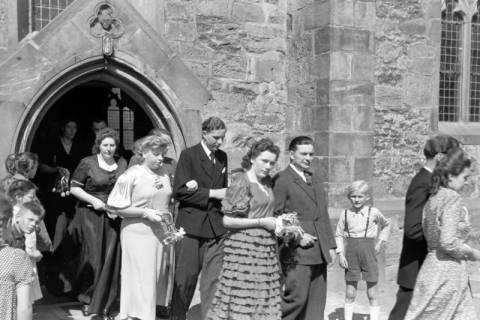 ARH NL Dierssen 0168/0006, Hochzeit von Fräulein Haun-Just, 1949