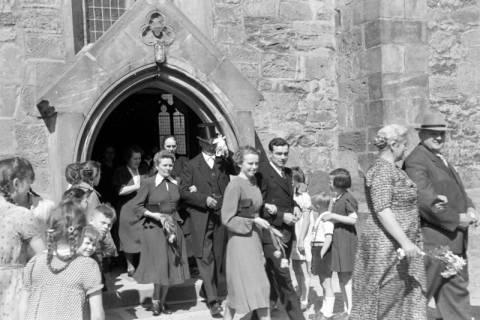 ARH NL Dierssen 0168/0008, Hochzeit von Fräulein Haun-Just, 1949