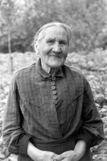 ARH NL Dierssen 0172/0022, Alte Frau, 1949