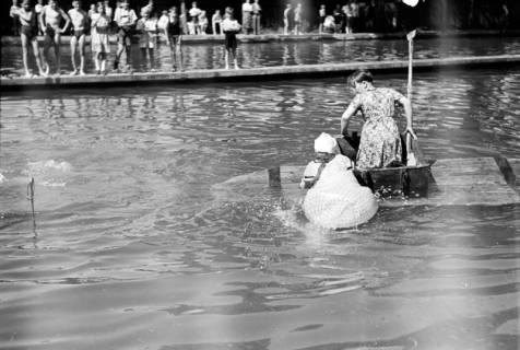 ARH NL Dierssen 0174/0001, Schwimmfest, 1949