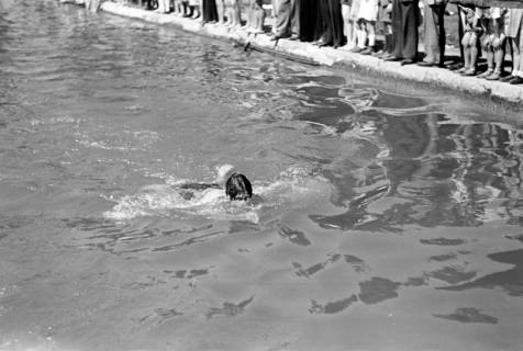 ARH NL Dierssen 0174/0021, Schwimmfest, 1949