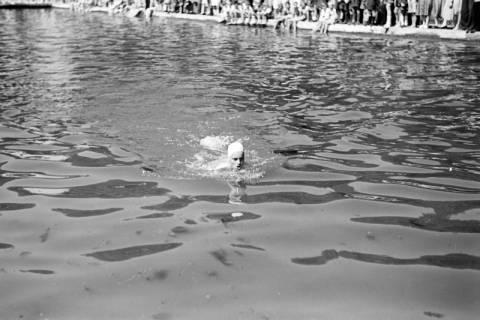 ARH NL Dierssen 0174/0024, Schwimmfest, 1949