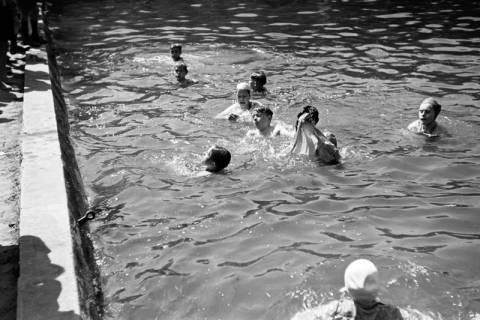 ARH NL Dierssen 0174/0028, Schwimmfest, 1949