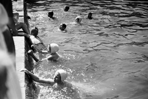 ARH NL Dierssen 0174/0029, Schwimmfest, 1949