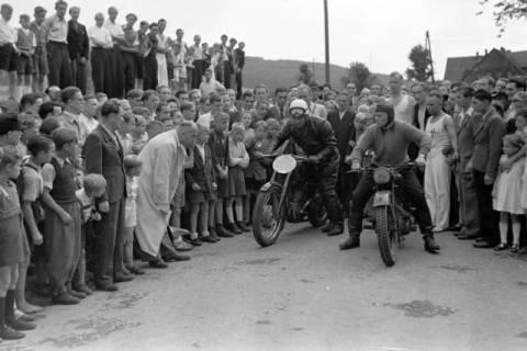 ARH NL Dierssen 0180/0004, Sportfest, 1949