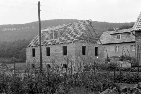 ARH NL Dierssen 0182/0007, Häuser am Lutherheim, 1949