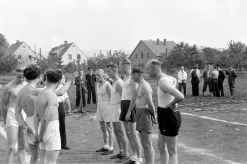 ARH NL Dierssen 0182/0012, Sport - Polizei gegen Sportverein, 1949