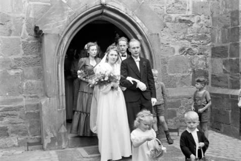 ARH NL Dierssen 0183/0019, Hochzeit Henning - Sch..., 1949