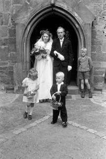 ARH NL Dierssen 0185/0003, Hochzeit Henning, 1949