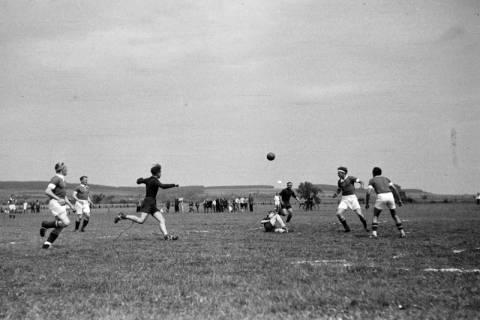 ARH NL Dierssen 0187/0007, Fußball - gegen Wülfingen, 1949