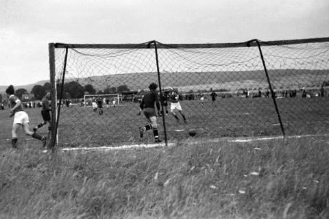 ARH NL Dierssen 0187/0020, Fußball - gegen Wülfingen, 1949
