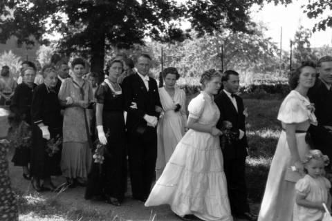 ARH NL Dierssen 0188/0011, Hochzeit Langendorf, 1949