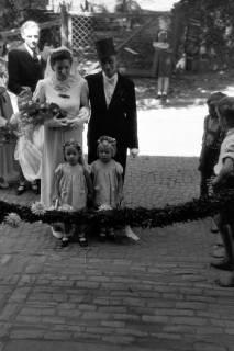 ARH NL Dierssen 0188/0014, Hochzeit Langendorf, 1949