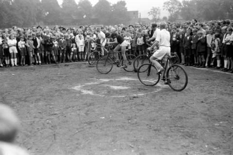 ARH NL Dierssen 0195/0011, Radballtunier, 1949