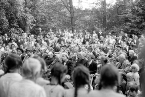 ARH NL Dierssen 0195/0014, Kirchenfest, 1949