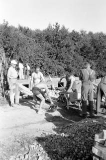 ARH NL Dierssen 0195/0021, Baustelle Selbsthilfe Baugemeinschaft, 1949