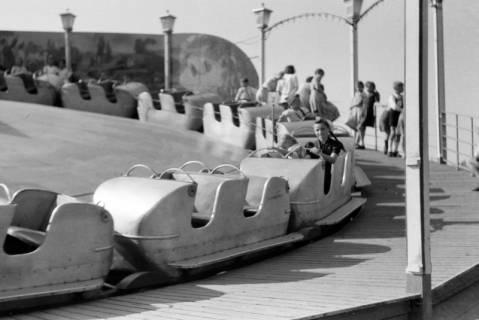 ARH NL Dierssen 0196/0011, Volksfest (Rummelplatz), 1949