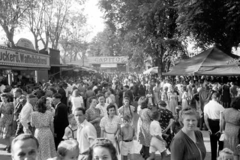 ARH NL Dierssen 0196/0014, Volksfest (Rummelplatz), 1949