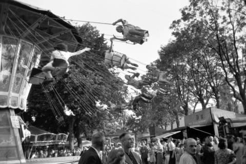 ARH NL Dierssen 0196/0016, Volksfest (Rummelplatz), 1949