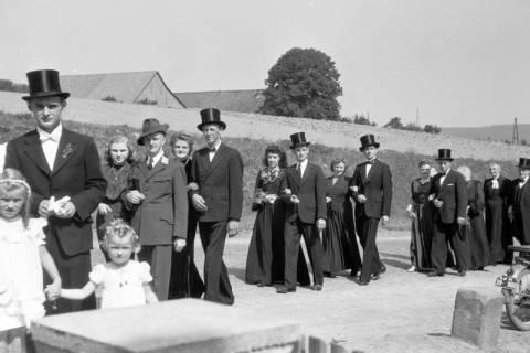 ARH NL Dierssen 0197/0006, Hochzeit Rathing, 1949