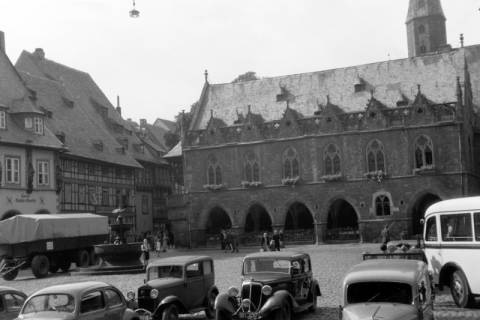 ARH NL Dierssen 0200/0011, Polizei-Ausflug: Rathaus in Goslar, 1949