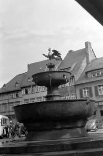 ARH NL Dierssen 0200/0012, Polizei-Ausflug: Marktbrunnen in Goslar, 1949