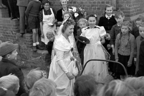 ARH NL Dierssen 0212/0018, Hochzeit Gaza, 1949
